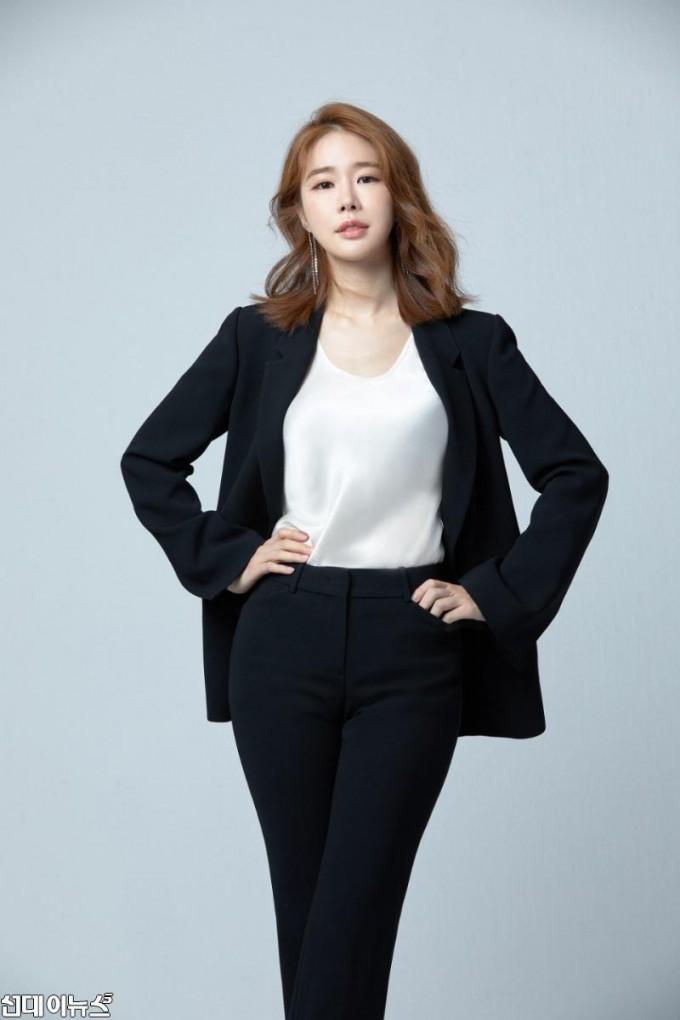 샤갈특별전 오디오가이드 재능기부 - 유인나.jpg