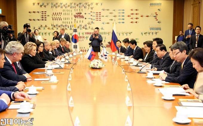 러시아 상원의장 접견(2).JPG