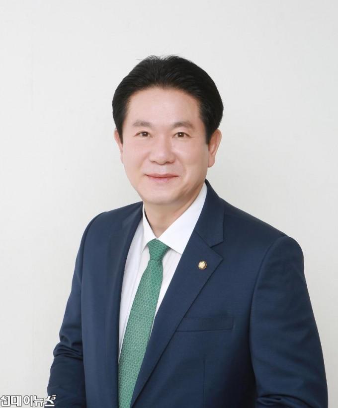이동섭 국회의원.jpg