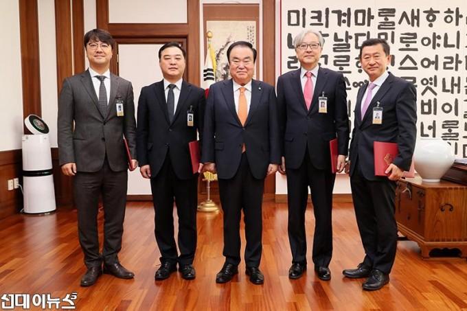 국회윤리심사자문위 위촉식3.JPG