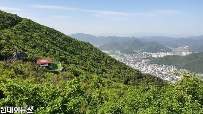 거제시 계룡산 모노레일 상부승강장.jpg