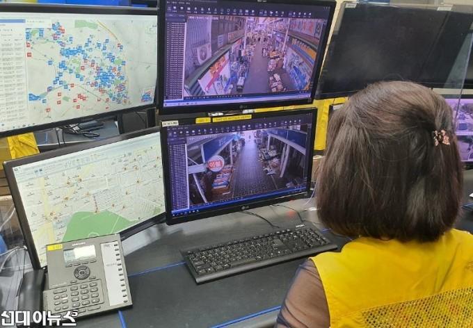 창원시, 전통시장 CCTV 야간관제로 소상공인 안전망 강화.jpg