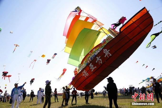 제37회-중국-웨이팡국제연날리기대회-사진-3.jpg