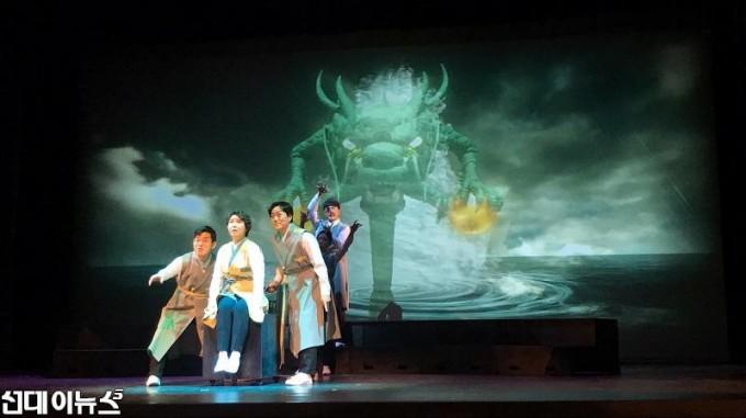20210224[금천문화재단]한국판 오즈의 마법사 토리 행복을 찾아서 공연(사진2)2222.jpg