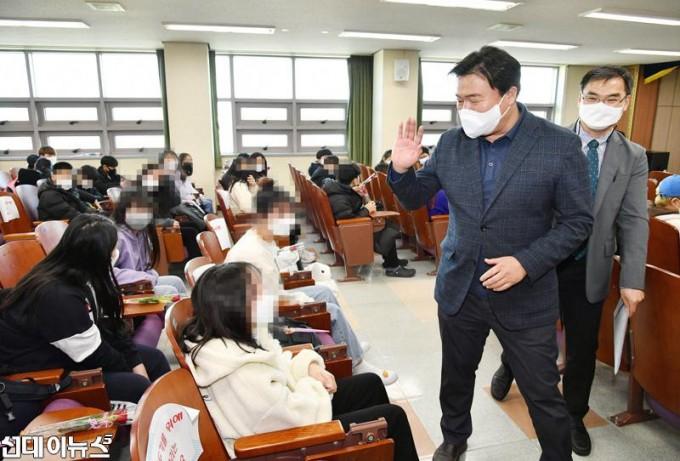 20210302-군서미래국제학교-입학식5.jpg
