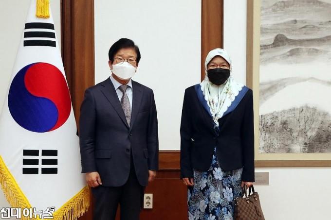 박병석 국회의장, 누리야 주한브루나이대사 예방 받아11111.jpg