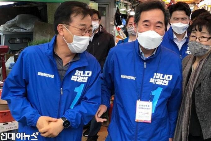 [김윤덕-의원-보도자료]이낙연선대위원장과-박영선후보-유세(사진1)210406.jpg
