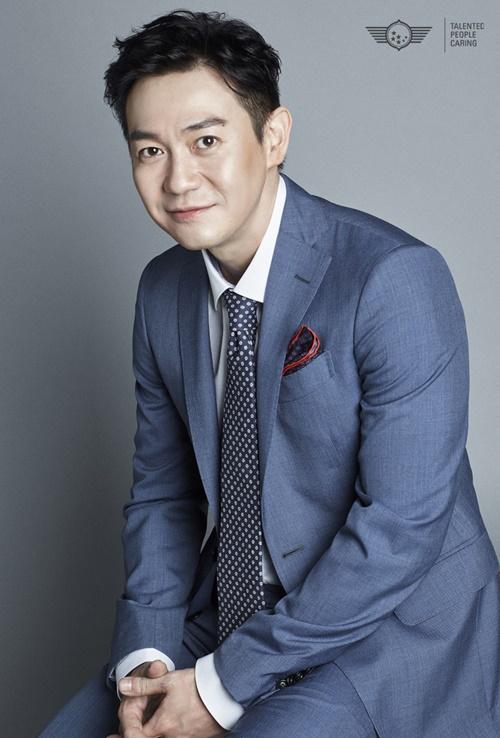 박용우, 영화 '유체이탈자' 출연