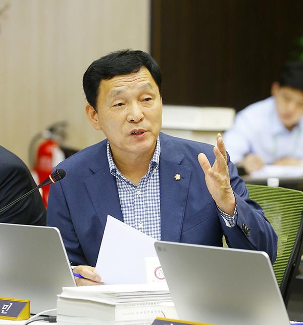 """김철민 의원,""""차량 결함에 대한 제조사들의 안일하고 무책임한 태도, 이제 국토부가 칼 빼들어야"""""""