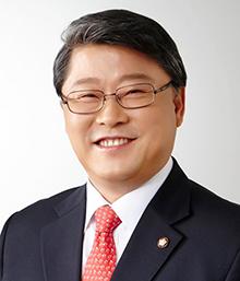 """조원진 의원 """"공무원연금공단 임대주택 매각으로 7년간 무려 4,256억원 수익 챙겨"""""""