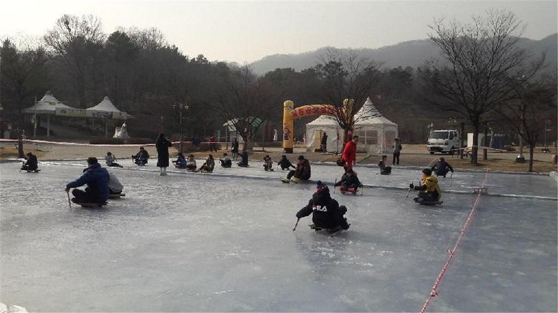 아이와 함께 이천 설봉산에서 겨울을 즐기세요!