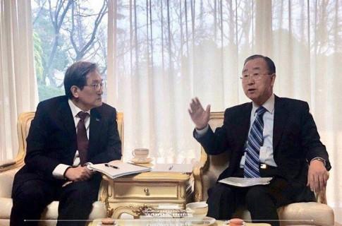 """문희상 의장, """"북한에게 핵을 포기하면 '밝은 미래'가 있음을 확신시키는 것, 대북정책의 핵심"""""""