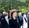 헌정 사상 최초 여성 국회부의장 김상희, 故 이희호 여사 묘소 참배로 첫 공식 일정 시작