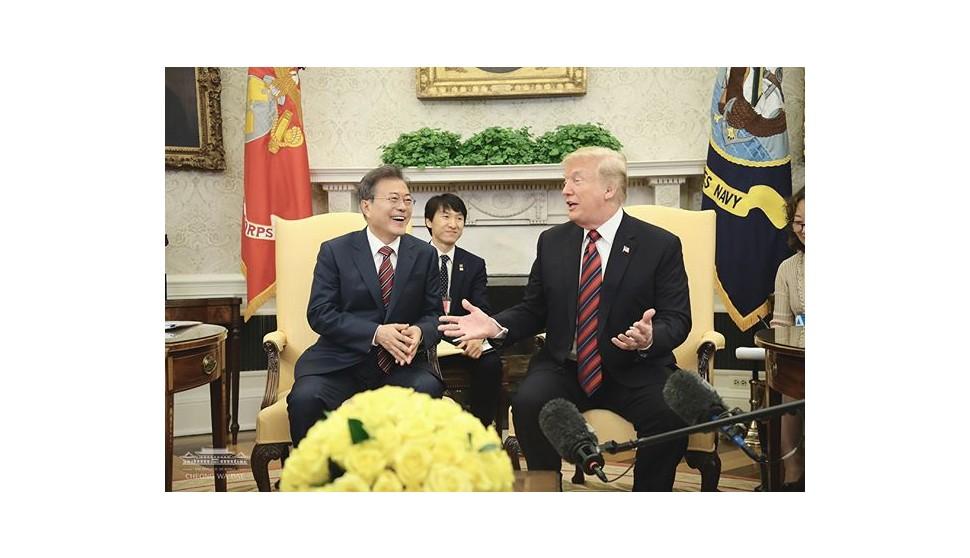 """한·미 정상, 북미정상회담 성공 약속…""""北체제불안 해소방안 논의"""""""