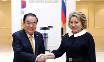 문희상 국회의장, 마트비엔코 러시아 상원의장 면담